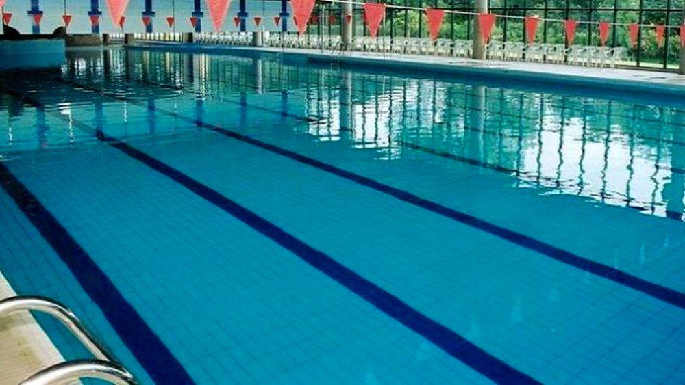 Rimini paura in piscina 14 studenti intossicati da cloro - Irritazione da cloro piscina ...