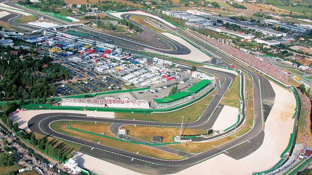 Circuito Misano Simoncelli : Incidente in pista a misano pilota cade e viene investito